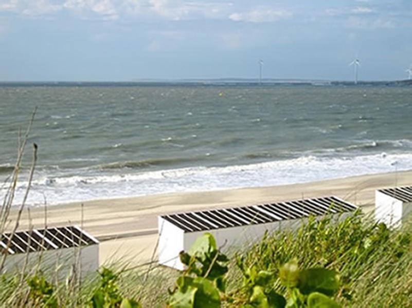 zeeland strandhaus ferienhaus von privat direkt an meer. Black Bedroom Furniture Sets. Home Design Ideas